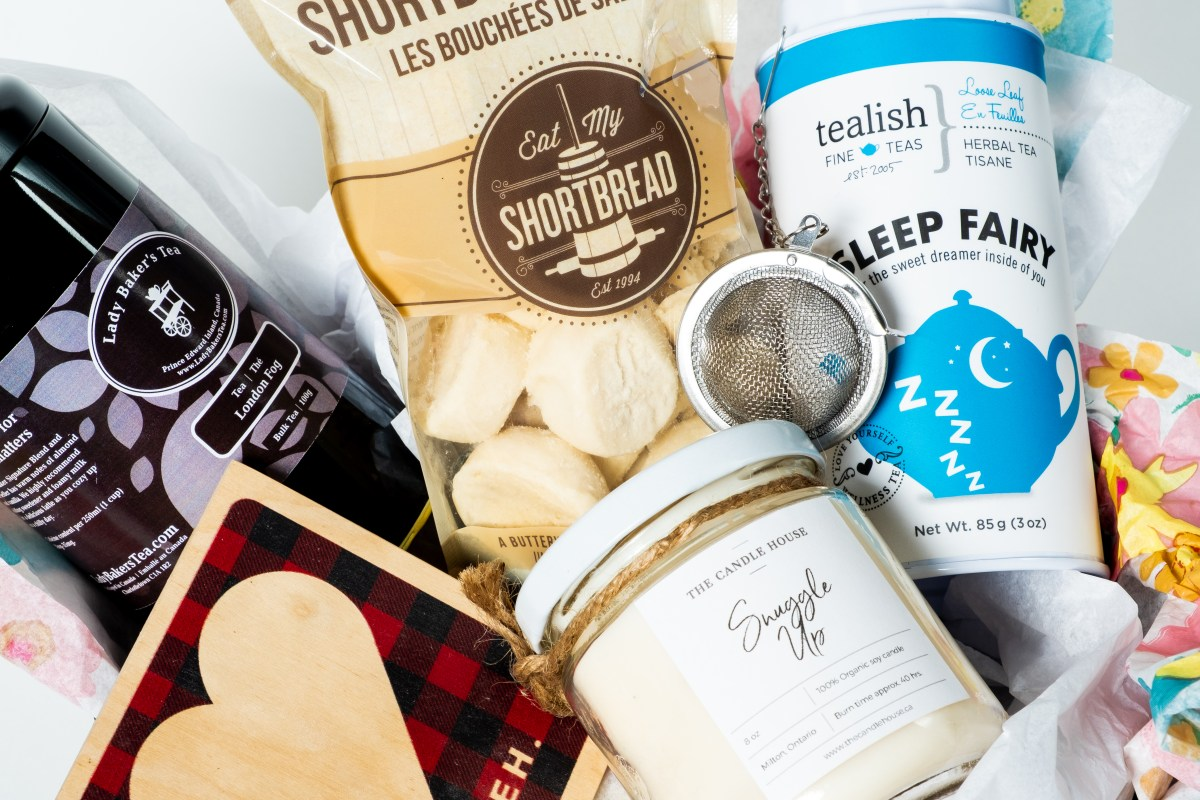 Rainy D'eh Gift Set by Canada in a Box 100% Canadian Subscription & Gift Boxes