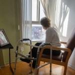Người cao niên đủ tiêu chuẩn sẽ nhận được trợ cấp COVID-19 tối đa $500 trong tuần này