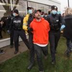Chủ nhà hàng BBQ ở Toronto bị bắt vì bất chấp lệnh phong tỏa COVID-19 được tại ngoại