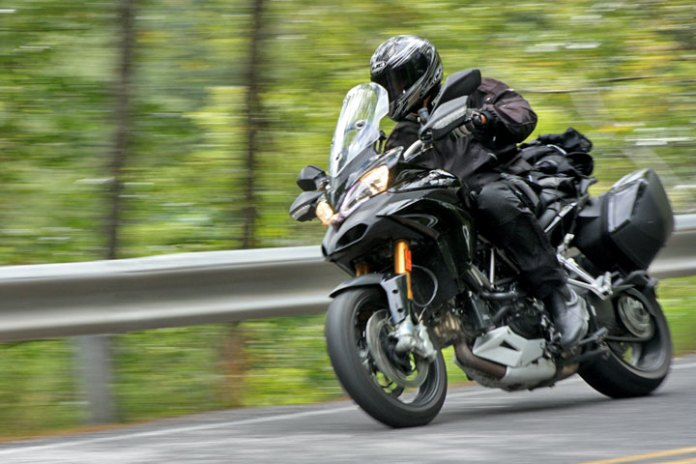 multistrada_corner_ride.jpg