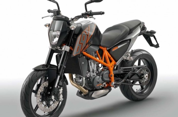 KTM's new 690 Duke: A better thumper