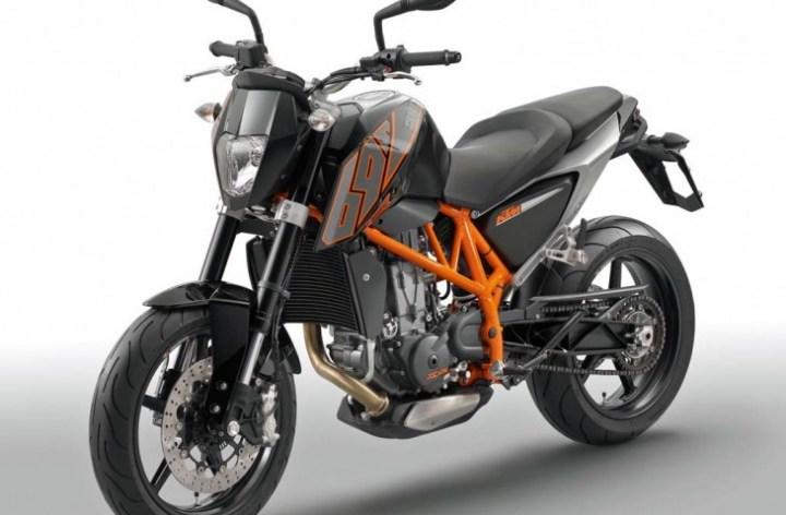 KTM's new 690 Duke: A better thumper