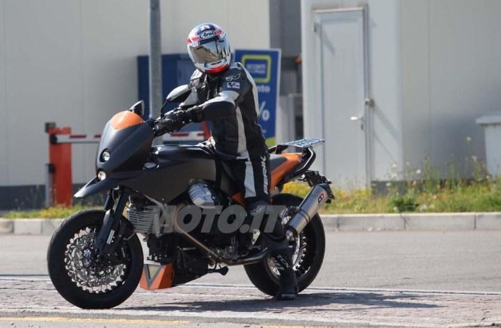 Moto Guzzi prototype spotted
