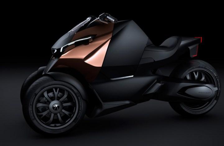 Peugeot unveils concept trike