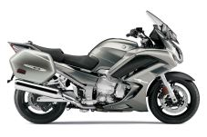 The revised exhaust allows users to install slip-on cans now. Photo: Yamaha