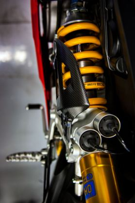 The Panigale R shares the same Ohlins suspension as found on the Panigale S.