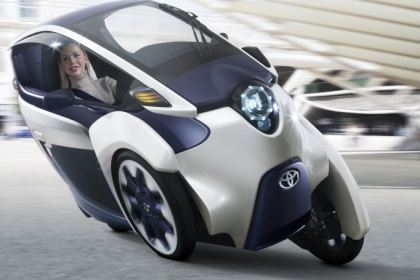For now, the i-ROAD is a concept, but carmakers are showing more and more interest in urban mobility alternatives.