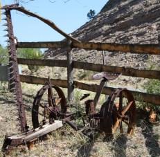 Rusty farm equipment in Apache Creek. Photo: Zac Kurylyk