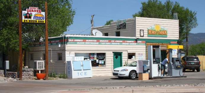 Gas station in Reserve. I liked this town's old-timey feel. Photo: Zac Kurylyk