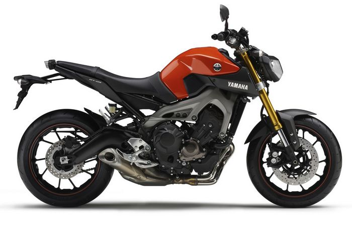Yamaha announces FZ-09 triple (with 30 pictures!)