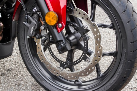 The brakes are the same as found on the NC700 series, and the discs are also used on Honda's new 500s.