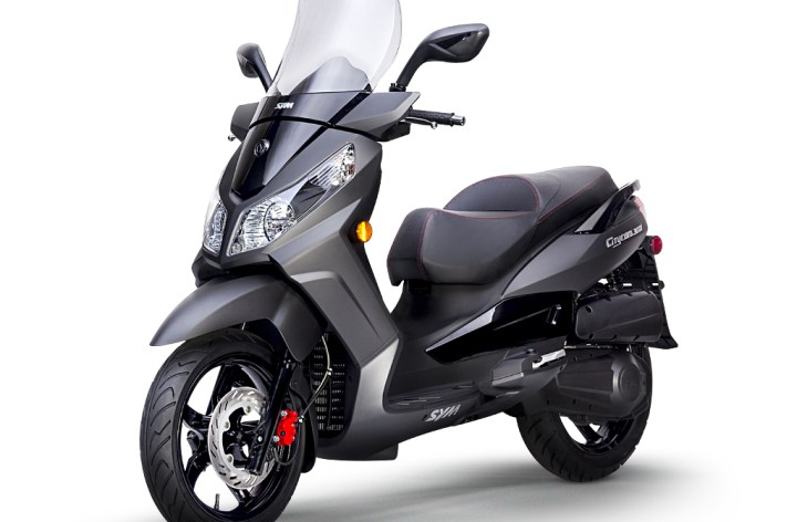 New Sym 50, 300 scooters in Canada for 2014
