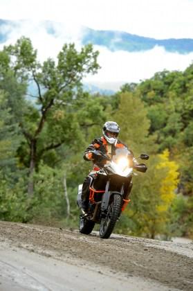 It's not a true enduro machine, but for a big trailbike, the 1190 Adventure R is a fun machine on tough trails.