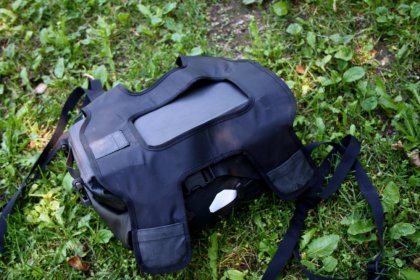 The underside of the Ortlieb bag isn't as cushy as some of the competition. Note the pockets for magnets in the corners of the harness. Photo: Zac Kurylyk
