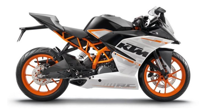 Here's your 2014 KTM RC390, complete with Moto3-inspired bodywork.