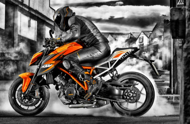 KTM Super Duke R full details