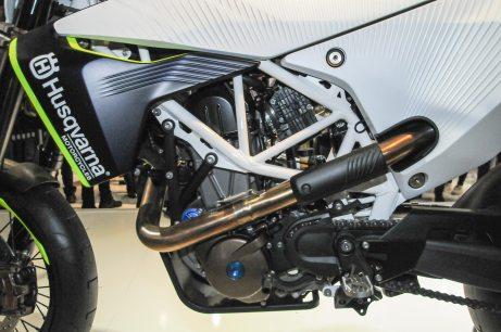 Sadly, that's a four-stroke motor. Photo: Jensen Beeler/Asphalt and Rubber