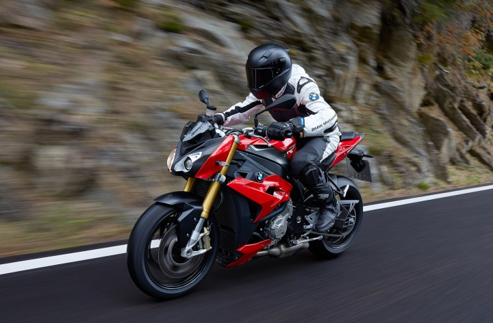 EICMA: BMW makes a naked S1000R