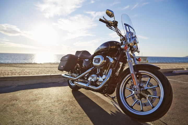 """The 1200T has a quick-remove windscreen, just like Harley-Davidson's other """"light touring"""" bike, the Dyna-based Switchback."""