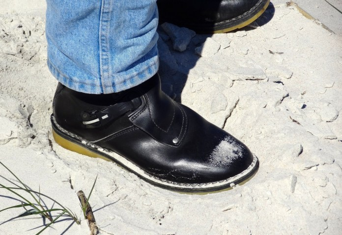A couple days after escaping Ontario's snow, Warren was in warmer territory. His boots performed admirably.