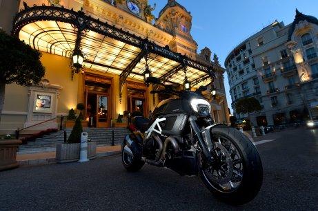 2014 Ducati Diavel 1