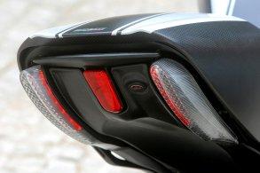 2014 Ducati Diavel 18