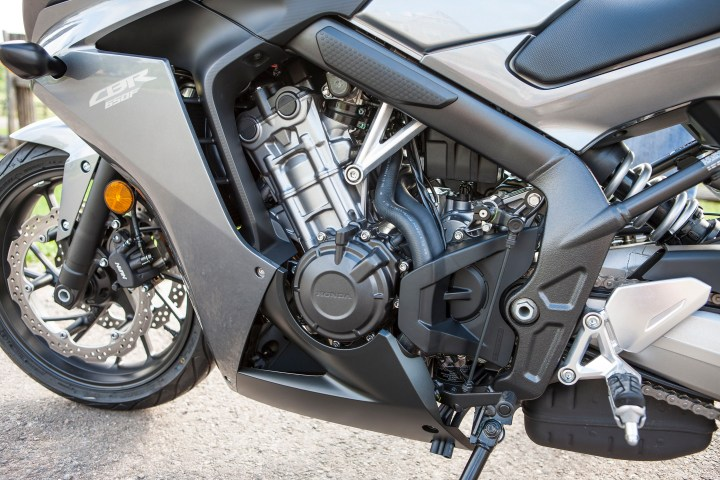 That's a steel frame; it keeps costs down, and the bike still isn't too portly. It weighs in the same ballpark as competitors like the Ninja 650.