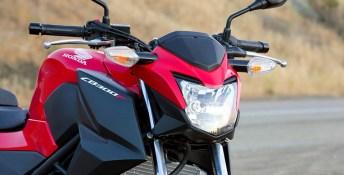 2014 Honda CB300F 6