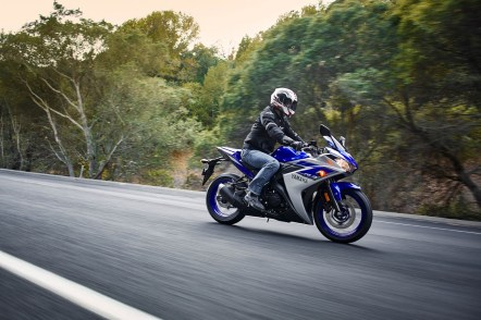 New R3 adds another competitior into the small displacement sport bike category