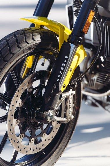 Ducati_scrambler_front