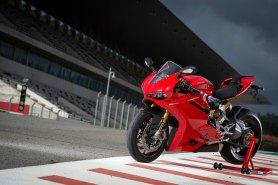 15-Ducati-1299Panigale_leftfront