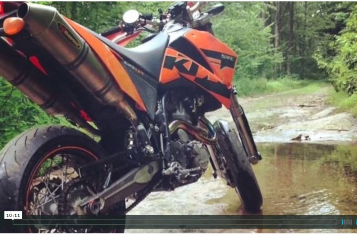 Video: Supermoto escape