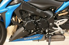 15_Suzuki_GSXS1000_close_LHS