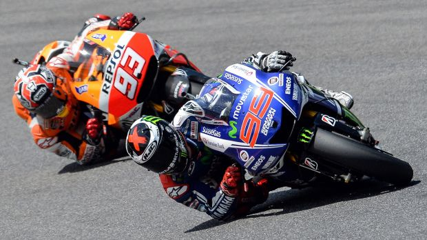 Lorenzo leads Marquez, legitimately riding faster and cleaner to win four times in a row.  (Photo : Fox Sports)