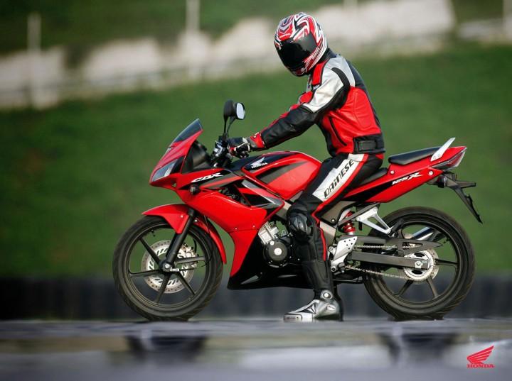 2007-Honda-CBR125Ra