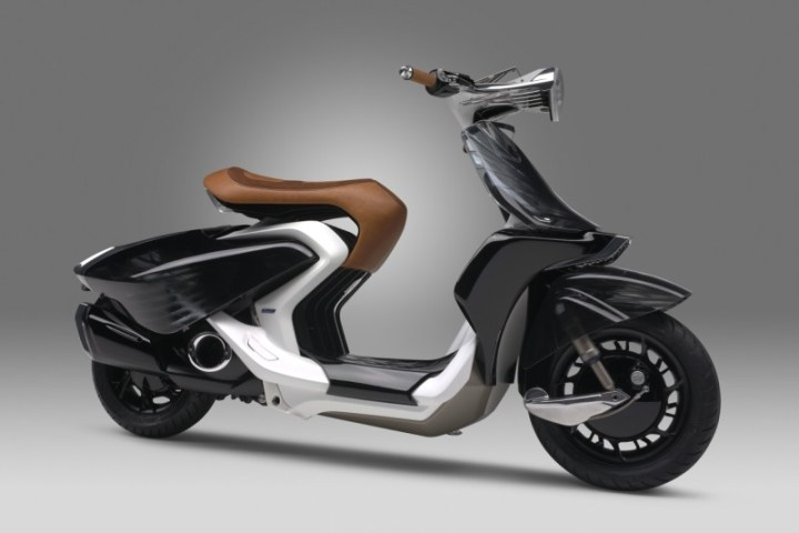 Yamaha debuts 04GEN scooter concept