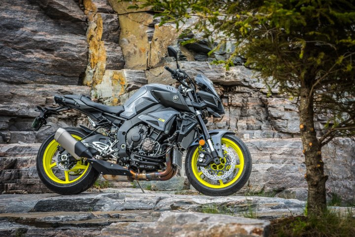You'll save money on the MSRP and insurance by going with the FZ-10, but you'll still have a motorcycle capable of very high performance. Photo: Roger Yip
