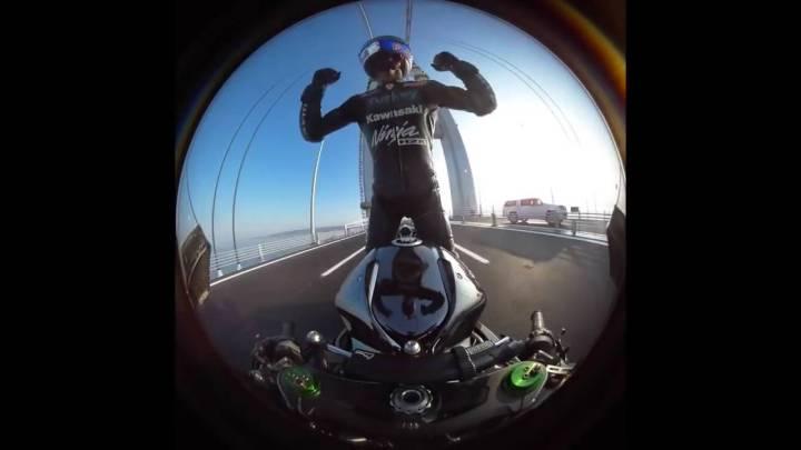 Kenan Sofuoglu pilots Kawasaki H2R to 400 km/h