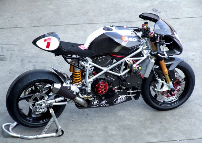 Radical Ducati RAD02 is a rolling catalogue of early 2000's Ducati aftermarket parts. A standout motorcycle but scarcely better than the original.