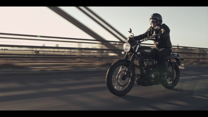 EICMA: Triumph Street Scrambler finally arrives