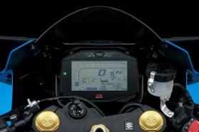 Suzuki2387_GSX-R1000_AL7_meter_1-lpr