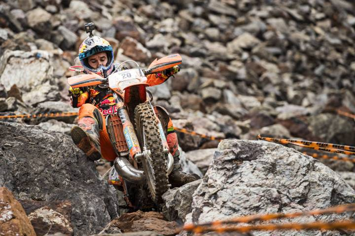 Alfredo Gomez wins at Erzbergrodeo