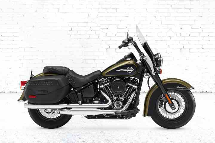 Harley-Davidson kills the Dyna, updates Softail line