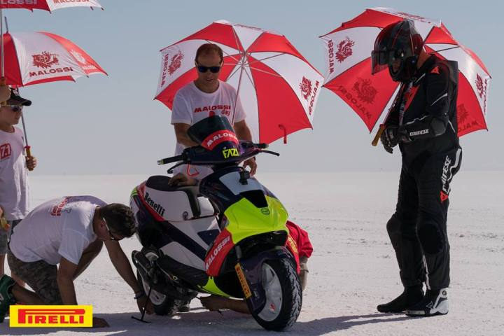 Scooter sets new land speed records