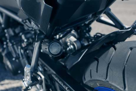 2018 Yamaha Niken leaning three wheeler (25)