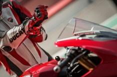 2018 Ducati Panigale V4 02