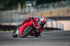 2018 Ducati Panigale V4 06
