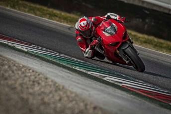 2018 Ducati Panigale V4 11