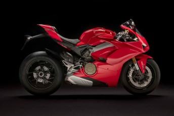 2018 Ducati Panigale V4 30