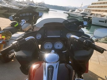 Lots of wind protection on the Road Glide.